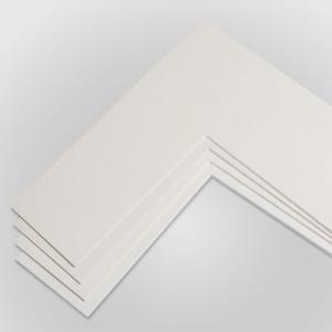 1,4 mm Standard-Passepartout mit individuellem Ausschnitt