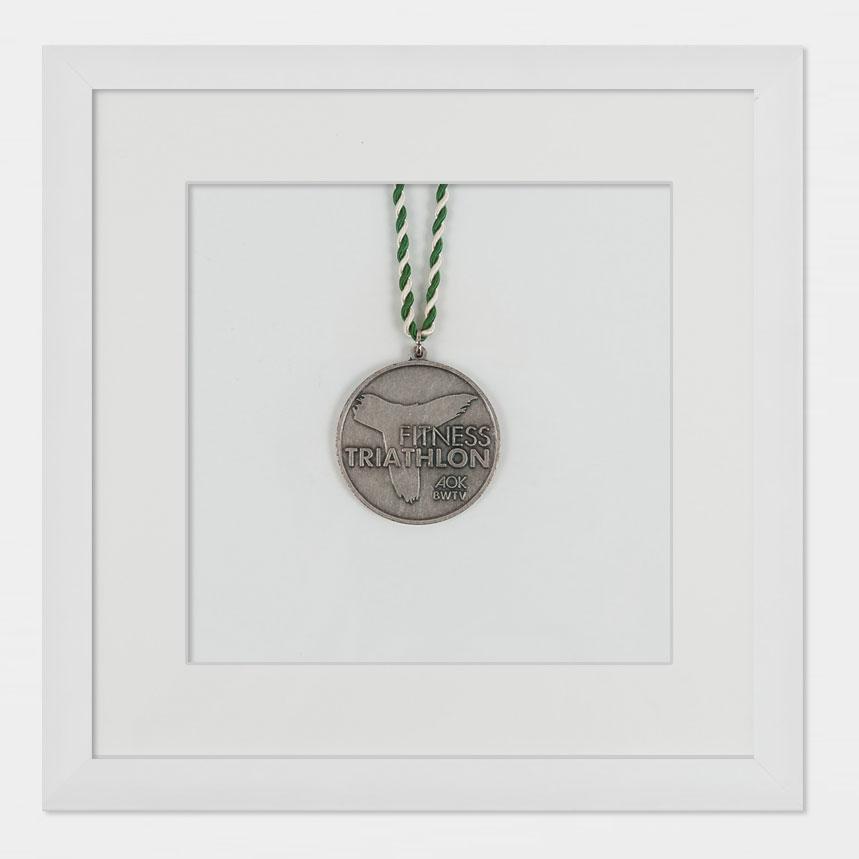 Medaillenrahmen 20x20 cm, weiß