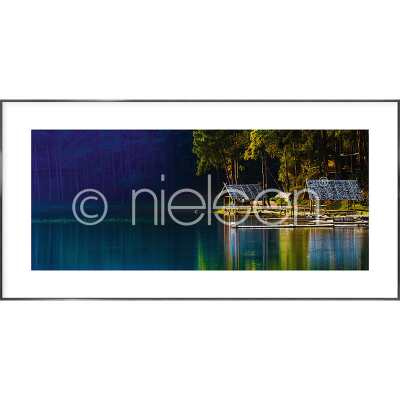 """Gerahmtes Bild """"Lake"""" mit Alurahmen Alpha"""
