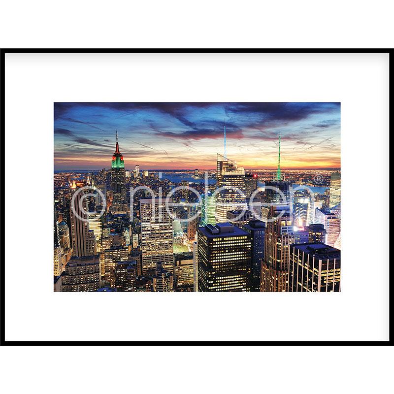 "Gerahmtes Bild ""Skyline at Night"" mit Alurahmen C2"